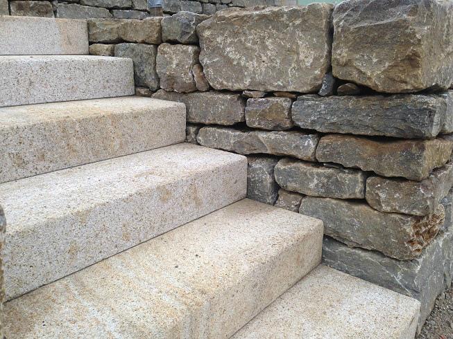 Geschliffene Steintreppe